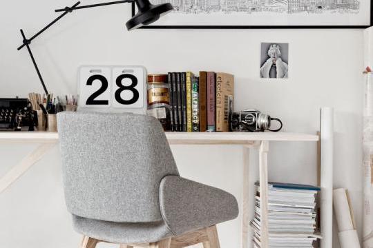 Monk Prostoria - Monk chair 1